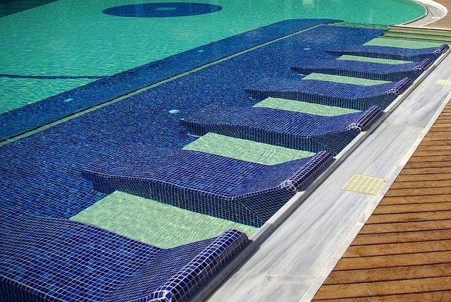 modrý bazén.jpg